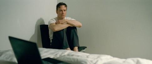 Michael-Fassbender-as-B-Sullivan-SHAME-Fox-Home-Entertainment